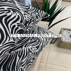 Os atreveríais con un toque de animal print en casa?   #deco #style #animalprint #zebra #deco #decoration #homedecor #homedesign #interiordesign #diseñodeinteriores #decoracion #hogar #casa #cojines #cojinesdecorativos #terrassa #terrassacomerç