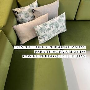 Sofá con mucho estilo, el tuyo, personalizado a tu gusto y a medida. Realizamos las espumas y confeccionamos con mucho mimo cuidando cada detalle hasta obtener la pieza decorativa perfecta para ti y los tuyos. Este año se lleva el verde! Y este sofá para uno de nuestros clientes no nos puede encantar más para disfrutar los días de sofá y manta 🥰   #confeccion #amedida #espumaamedida #sofa #personalizado #deco #decoracion #decoration #homedecor #homedesign #interiordesign #diseñodeinteriores #terrassa #terrassacomerç